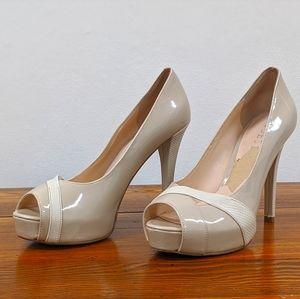 Guess (6) Beige Open-Toe Heel